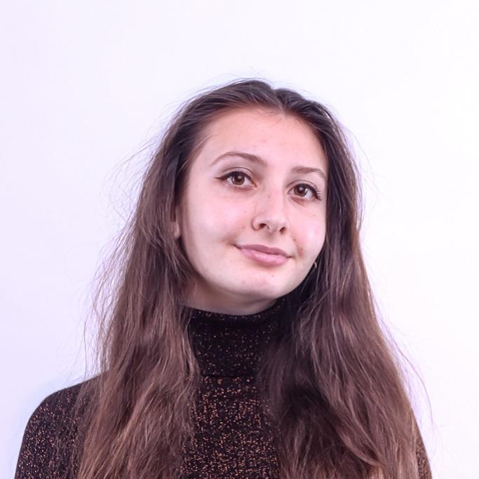 Ms. Bernadett Viktória Szabó